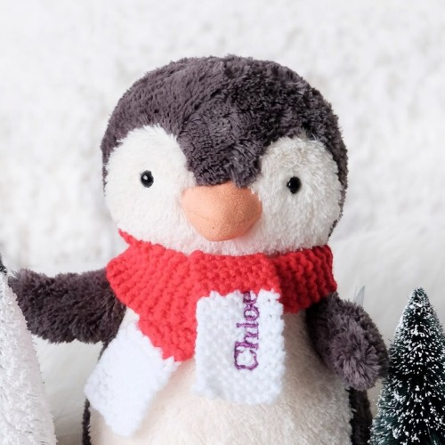 Holiday '18 - Peanut Penguin with Scarf